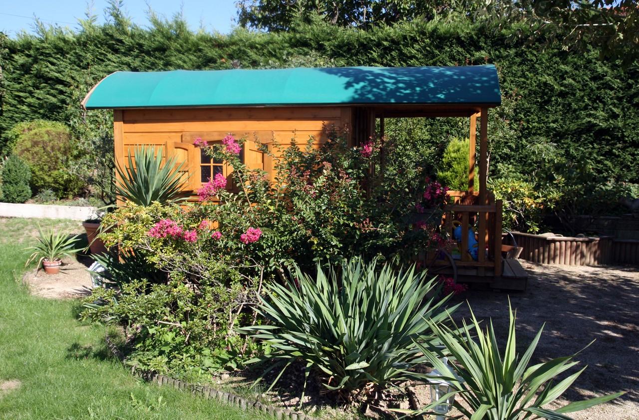 le jardin de mes parents un petit coin de paradis debobrico. Black Bedroom Furniture Sets. Home Design Ideas