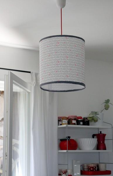 diy l abat jour en tissu debobrico. Black Bedroom Furniture Sets. Home Design Ideas