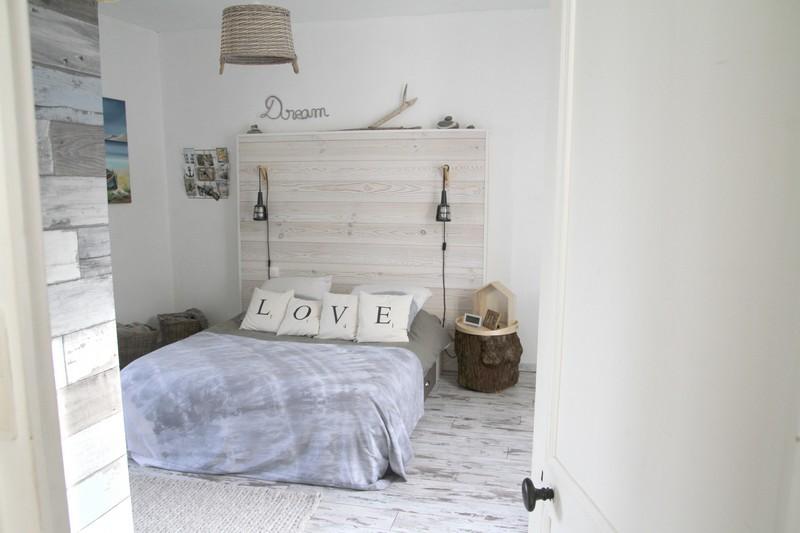 Chambre parentale on pinterest bedrooms beams and scrabble - Chambre parentale grise ...