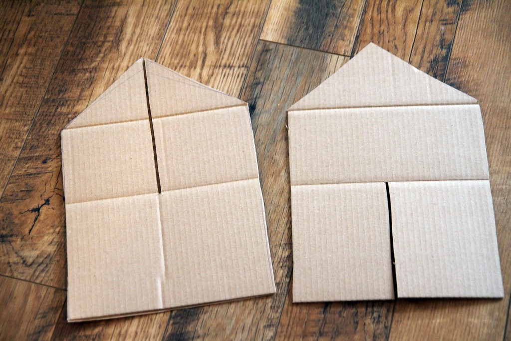 la maison en carton debobrico. Black Bedroom Furniture Sets. Home Design Ideas