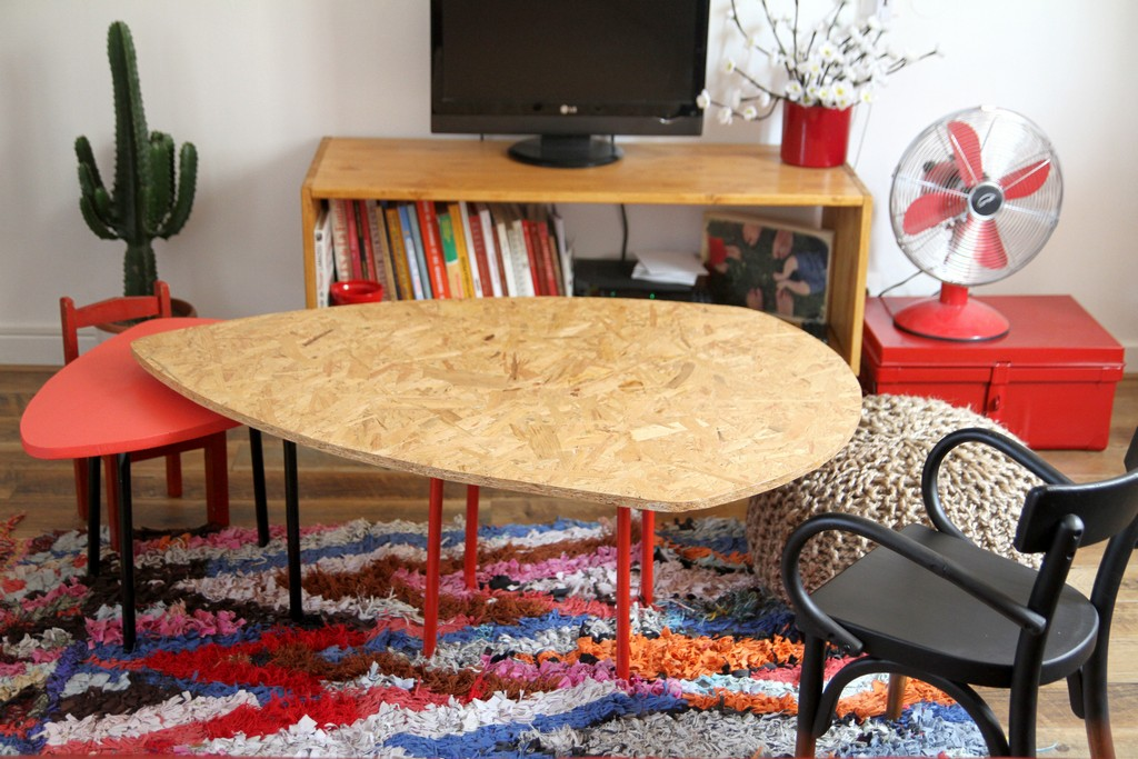 Nos tables basses gigognes r alis es avec des tabourets ikea for Table familiale