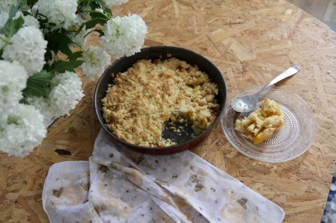 crumble nectarines (1)
