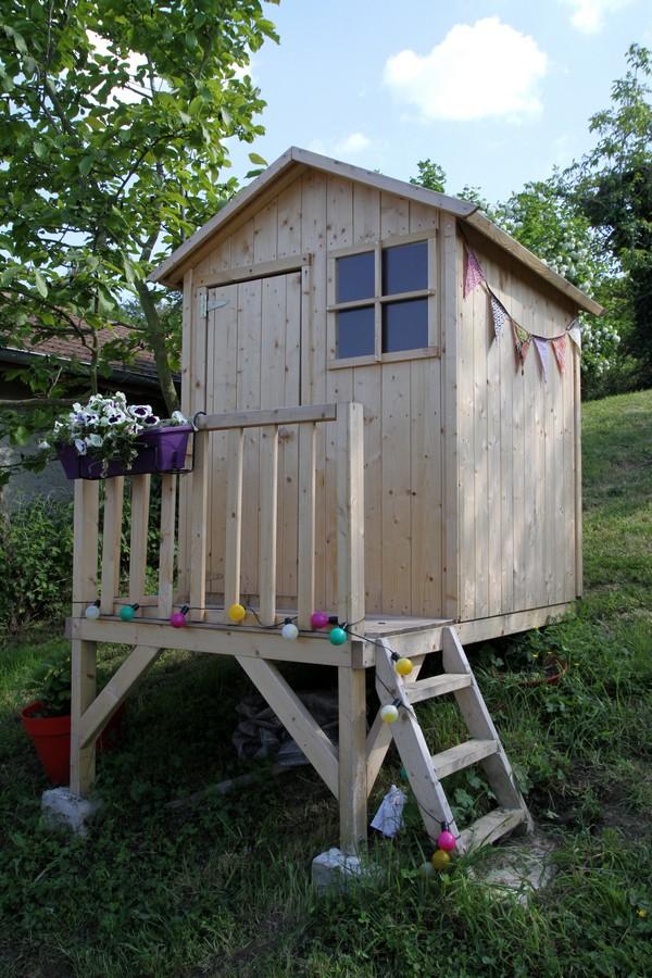 la cabane dans le jardin debobrico. Black Bedroom Furniture Sets. Home Design Ideas